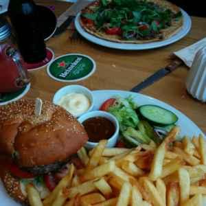 hartige pannenkoek versus hamburger